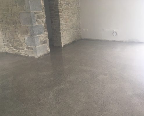 Polished Concrete Works Well With Stone